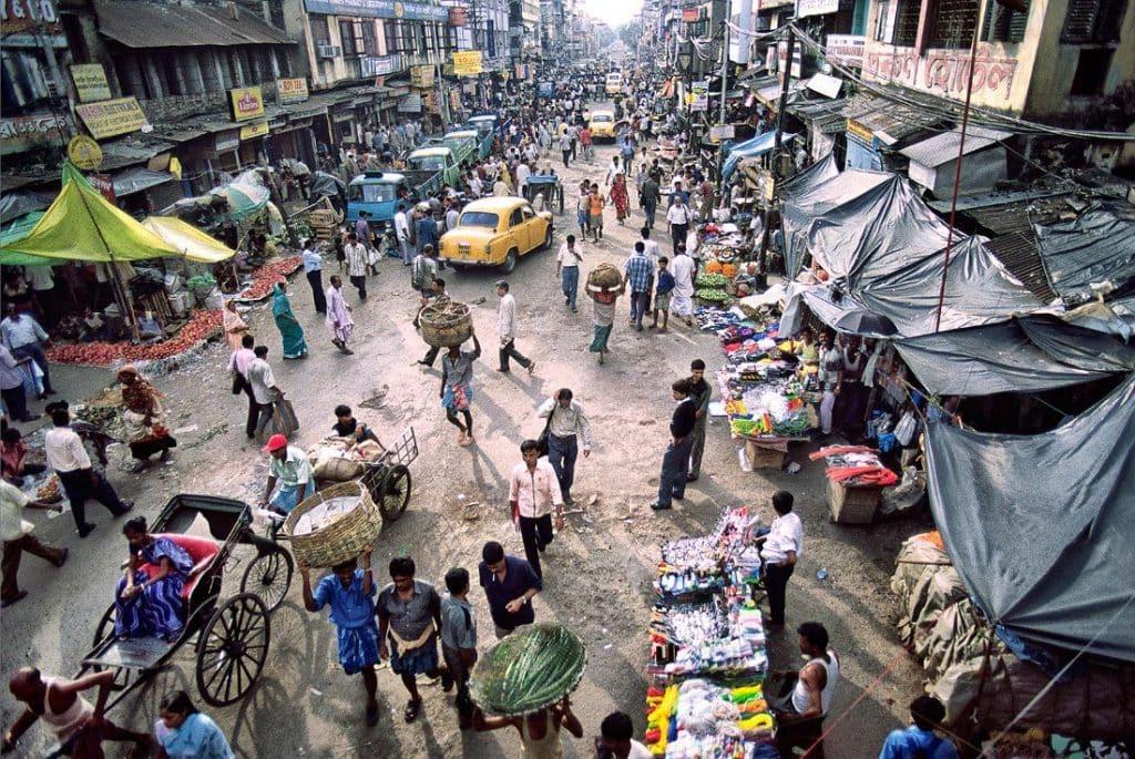 Bustling street scene, Kolkata, West Bengal,India
