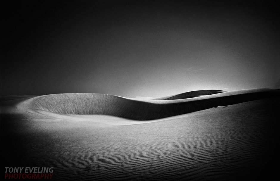Black and white photograph of sand dunes in the Sahara desert, Mauritania, West Africa