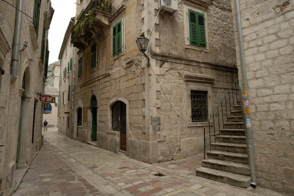 An example of a photo before being post processed. This is a photograph taken in Kotor old town, Montenegro.