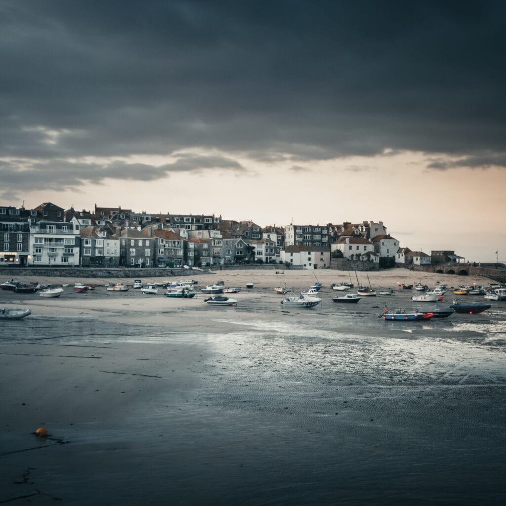Landscape photography: Image of a harbour in Cornwall, processed in Lightroom with presets added.